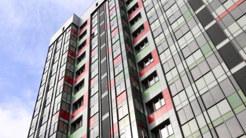 Началось переселение жителей по программе реновации в новый дом на западе Москвы