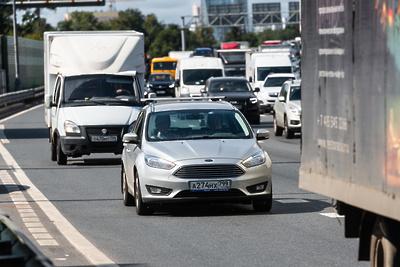 Число машин на дорогах Подмосковья увеличилось на 44% по сравнению с апрелем