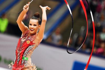 Подмосковная спортсменка выиграла золото и бронзу на ЧМ по художественной гимнастике