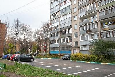 В Подольске обустроили более 2, 5 тыс машино‑мест с начала 2019 года