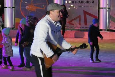 Балалаечник‑виртуоз выступил для жителей Люберец на концерте
