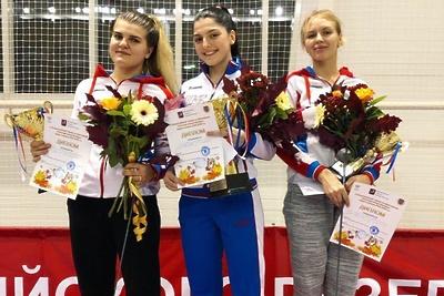 Подмосковная спортсменка завоевала серебро на всероссийском турнире по фехтованию