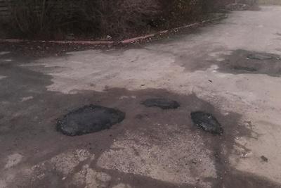 Ямы устранили в деревне Федюково Подольска по просьбе жителя