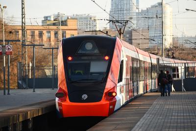 Еще на пяти станциях МЦД начали работать турникеты перед введением платного проезда