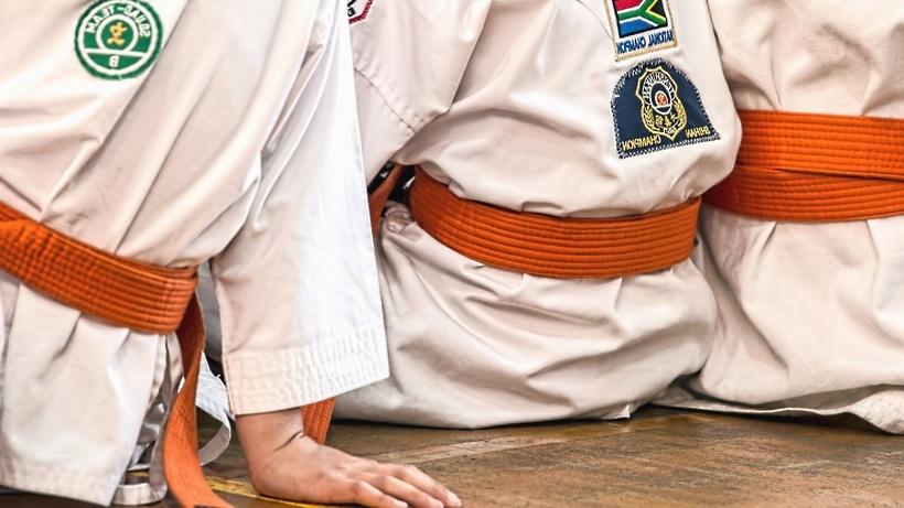 Юные каратисты из Люберец завоевали золото и серебро на межрегиональных соревнованиях