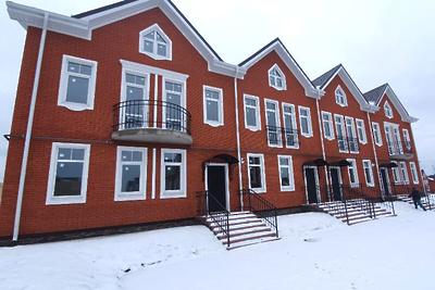 Таунхаус построили в коттеджном поселке «Кембридж» в Истре