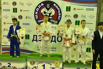 Спортсмены из Котельников завоевали три медали на турнире по дзюдо