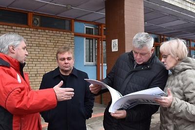 Депутат Госдумы поможет решить проблему с началом реконструкции стадиона в Балашихе