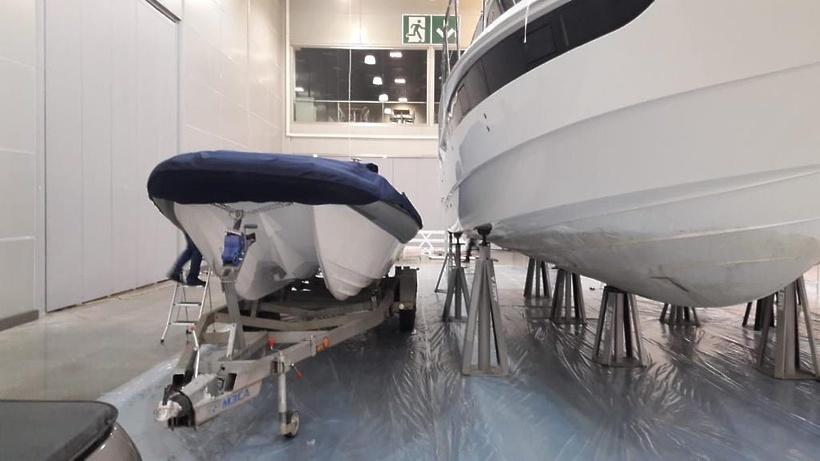 Компания из Дубны представила на выставке скоростной катамаран на подводном крыле