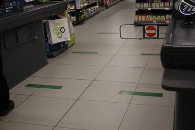 В магазинах Щелкова проводят ежедневную влажную уборку в рамках борьбы с короновирусом