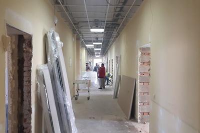 Работы по созданию инфекционного центра в Ногинске идут круглосуточно