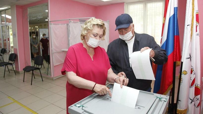 Почетный президент Олимпийского комитета России Леонид Тягачев проголосовал в Дмитрове