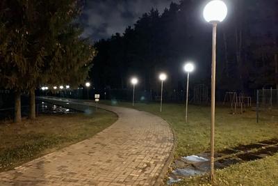 На территории ФСК «Заречье» микрорайона Климовск Подольска восстановили освещение