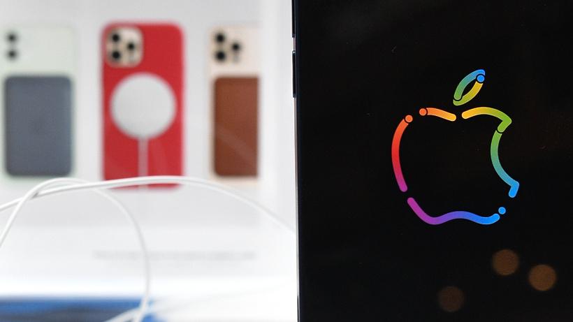 Психотерапевт рассказала, о чем может говорить страстное желание иметь новый iPhone