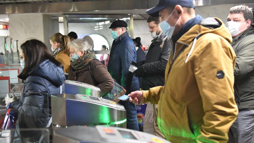 Более 6,5 млн человек получили скидку на проезд в столичном метро в утренние часы