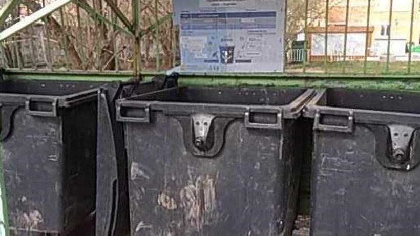 Крупногабаритный мусор убрали с контейнерной площадки на улице Первомайской в Красногорске