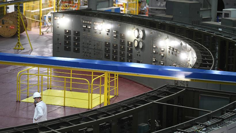 Воробьев считает, что коллайдер в Дубне позволит привлечь на работу талантливых ученых