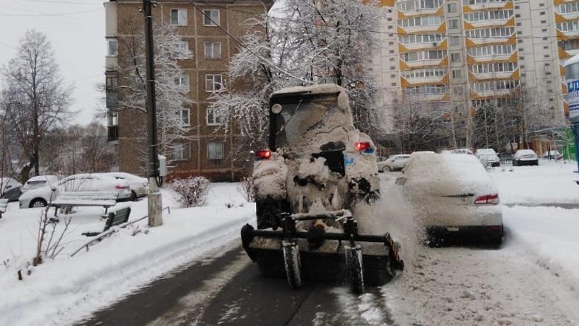 90% дворов в микрорайоне Климовск Подолька очистили от снега