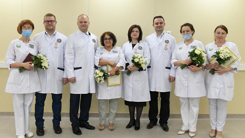 Губернатор Подмосковья наградил врачей Дубненской и Талдомской больниц