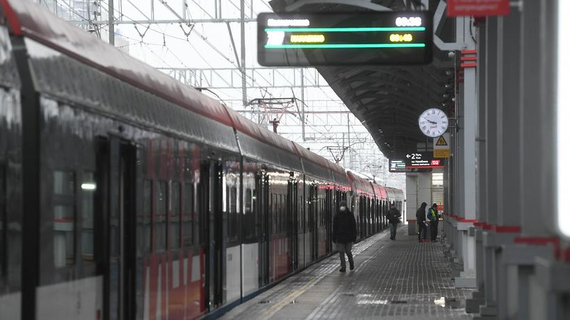 Поезда задерживаются на МЦД‑2 и Курском направлении МЖД в сторону Нахабина