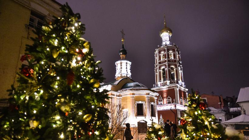 Как прошла Рождественская служба в Высоко‑Петровском мужском монастыре в Москве