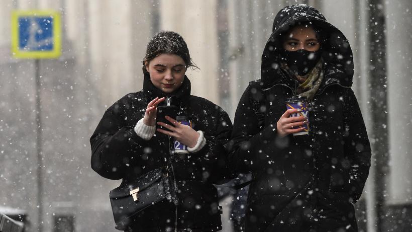Врач рассказал, как избежать обморожения в сильный холод