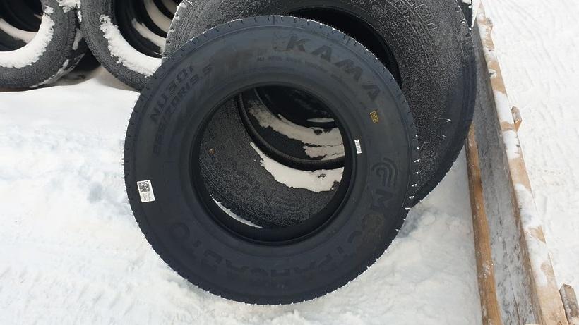 Свыше 1,1 тыс автобусов «Мострансавто» получили брендированные шины