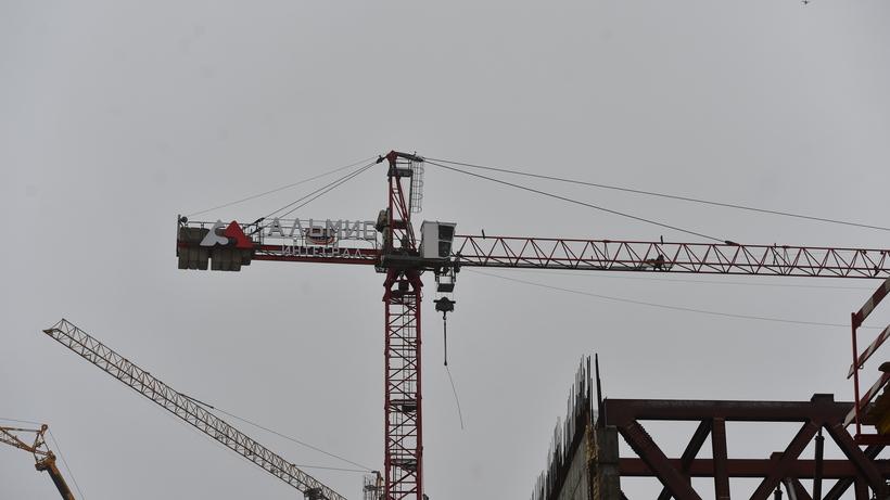 Чистоту и порядок обеспечат на стройплощадке на Октябрьском проспекте Люберец