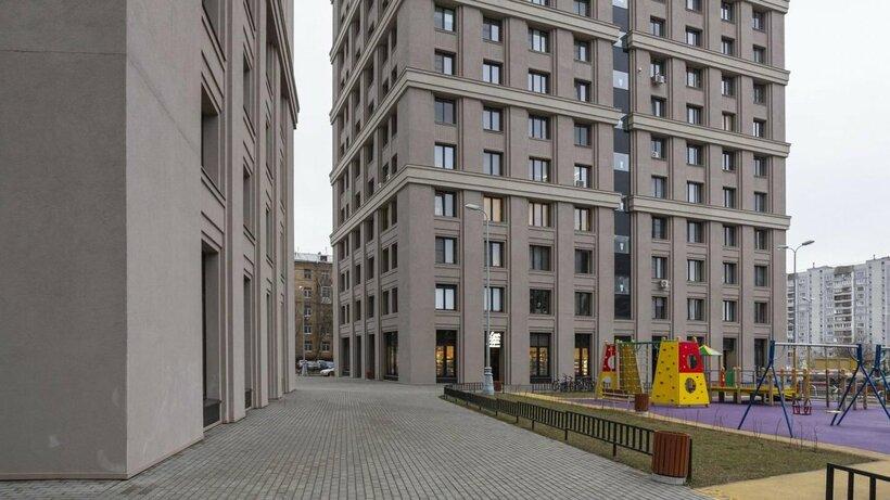 Жилой дом в рамках развития промзоны «Октябрьское поле» начали строить в Москве