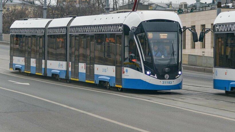 Трамваи №7 и №9 задерживаются на Лесной улице в Москве из‑за ДТП