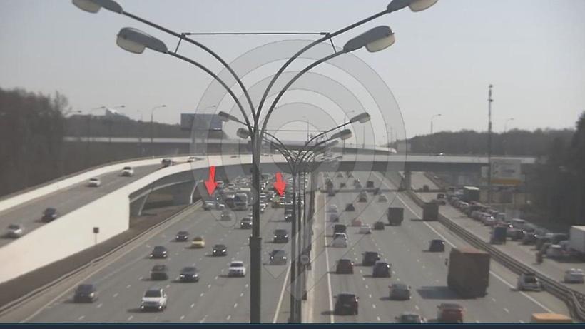 Движение автомобильного транспорта восстановили на внутренней стороне 45 км МКАД после ДТП