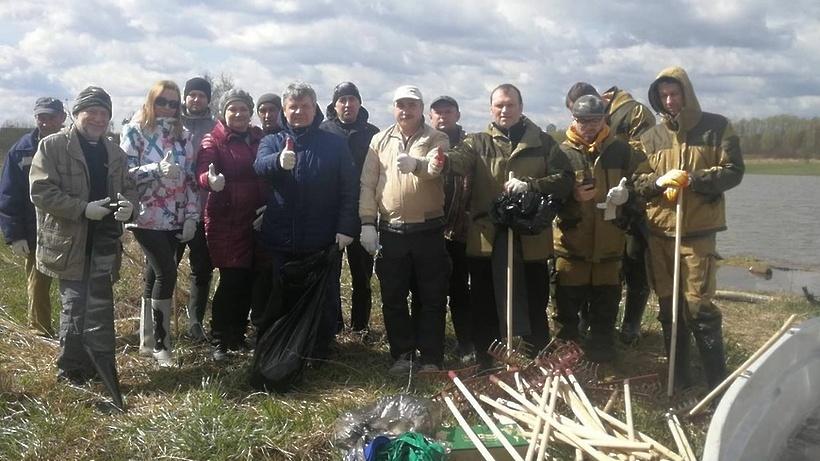 Берега рек Борисовка и Сукромка в Мытищах очистили от мусора