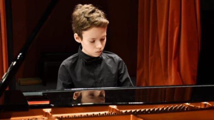 Юный пианист из Одинцовского округа получил 700 тыс рублей на развитие таланта