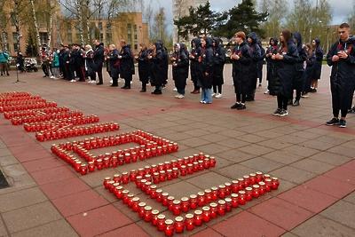 Свечи зажли на мемориале в Королеве в рамках акции «Вахта памяти»