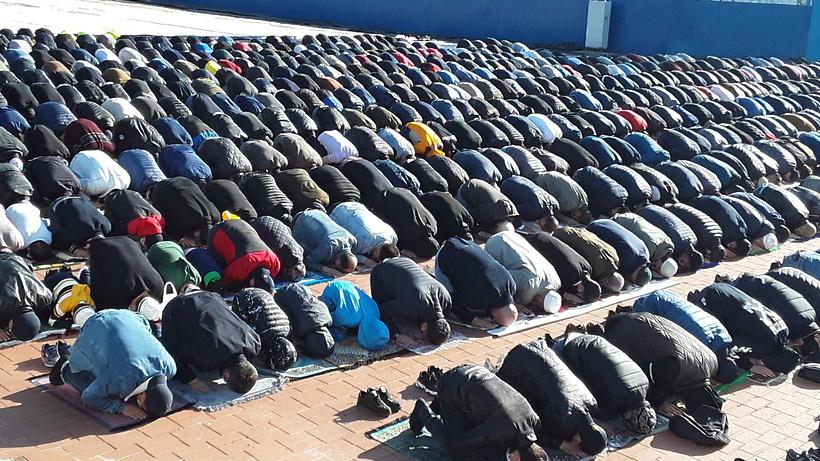 Более 3 тыс мусульман Балашихи совершили намаз в честь Уразы‑байрама