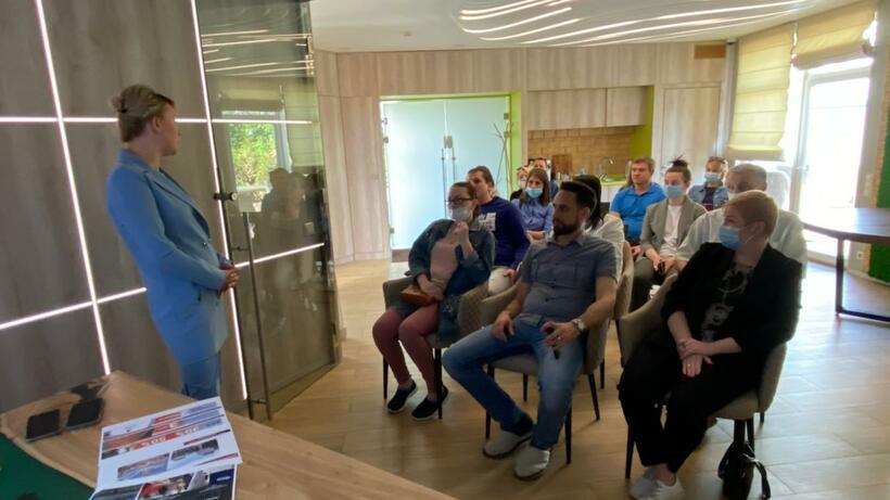 Сотрудникам предприятия в Котельниках рассказали о вакцинации от Covid‑19