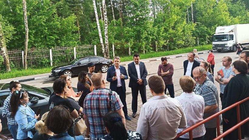 Ненадлежащее качество уборки подъездов в ЖК «Кореневский Форт» Люберец взяли на контроль