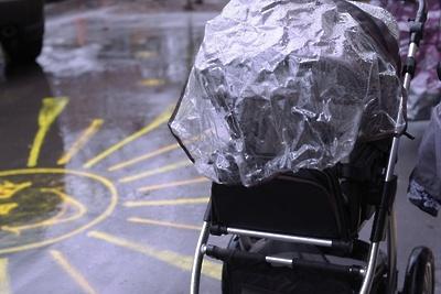 Жители попросили сделать удобные съезды для колясок на Заводской улице Подольска