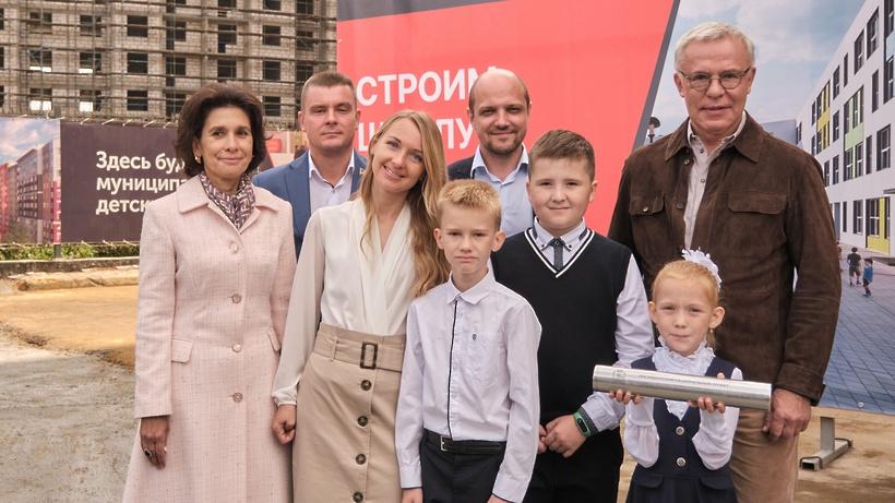 В Ленинском округе дан старт строительству трех новых школ по госпрограмме