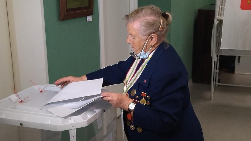 Почетный житель Щелкова Нина Иванова проголосовала на выборах