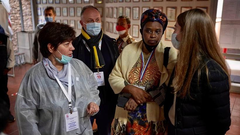 Международные наблюдатели посетили избирательные участки в Подмосковье