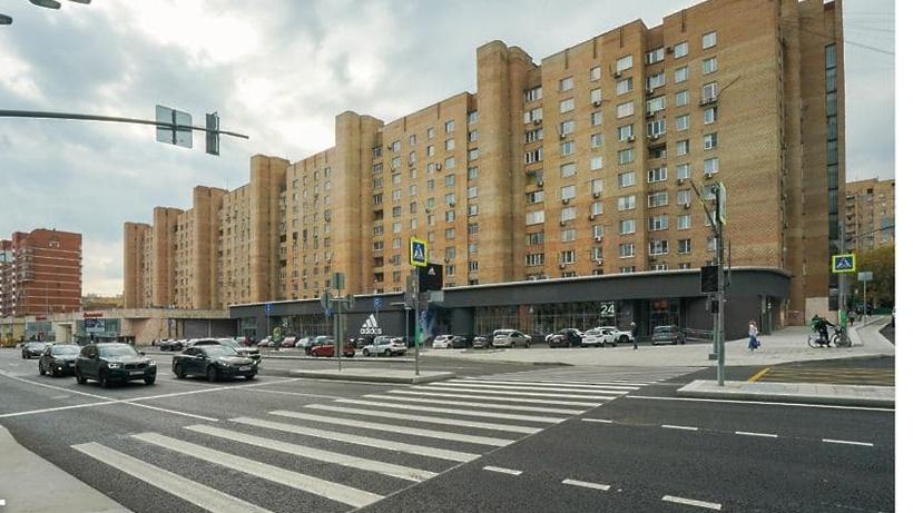 Новый асфальт положили на улице Красная Пресня и участке Звенигородского шоссе в столице