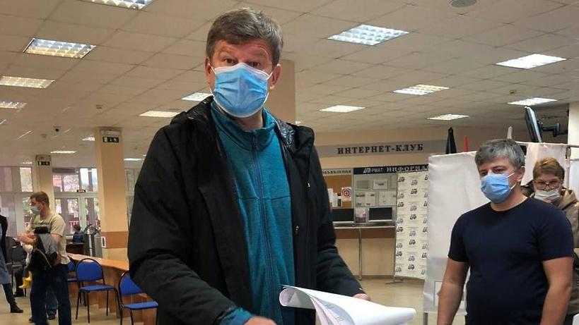 Комментатор Губерниев рассказал о неожиданной встрече на избирательном участке в Химках